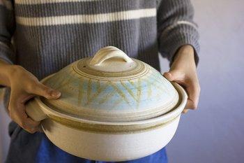 いかがでしたか?土鍋でご飯を炊くのって、思っていたよりも簡単に出来そうですよね。今回ご紹介した土鍋は小さめサイズのものばかりなので、扱いやすく手軽に土鍋ご飯が楽しめます。ほかほかのご飯が入った土鍋が食卓にあるだけで、ちょっぴり贅沢な気分になれそう♪ぜひお家でやってみてくださいね!