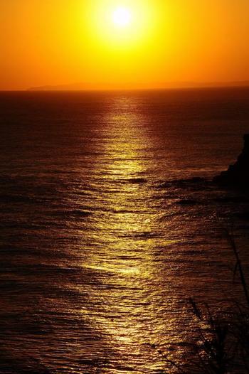 広がる視界に、ゆっくり落ちる夕陽。 小さな自分に気付かされるスポットです。