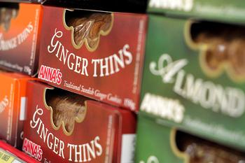 輸入お菓子でよくみるジンジャークッキーは、スウェーデン生まれの「アンナクッキー」。スウェーデン王室御用達。