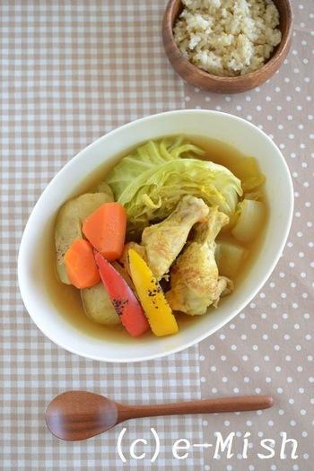 大人も子供も大好きなメニューといえば、カレー。 それなら、カレー味のスープでお腹いっぱいになってはいかが?