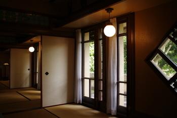 ノスタルジックな雰囲気の室内。入館料がかかりますが、誰でも見学することができます。お散歩がてら、ぜひ寄ってみてください♪