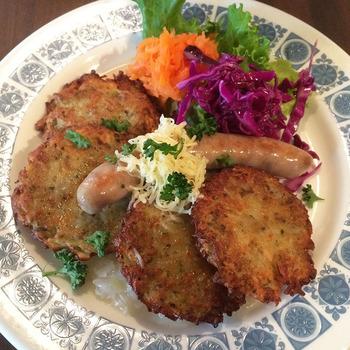チェコ好きのご姉妹が演出する、すばらしきチェコ料理の世界♪ブランボラークやスマジェニースィールなど、料理はどれも美味しい。