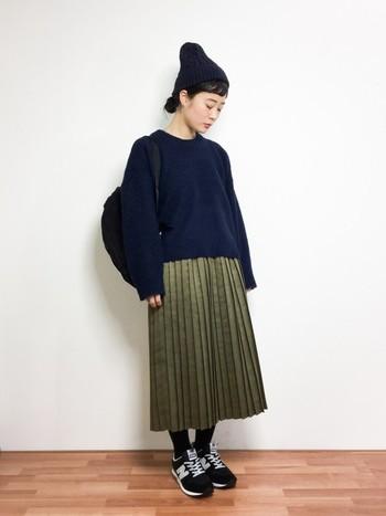 """特にシンプルファッションに合わせるリュックスタイルが今っぽくさりげなく取り入れることができます♪パンツはもちろん、スカートやレディなスタイルの""""はずし""""にもしっくりハマります!"""