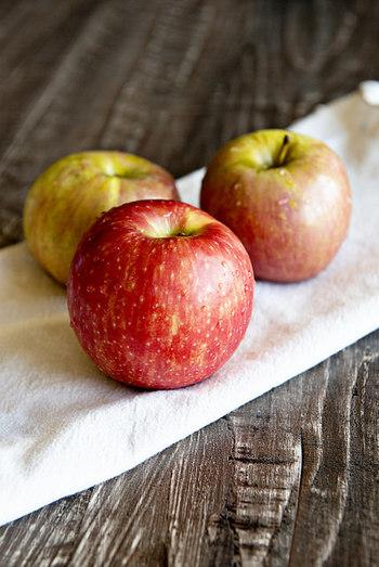 これからりんごをはじめとして、旬の果物がたくさん店頭に並びます。たっぷりの旬の果物でフルーツバターを手作りして、フレッシュな果物とは一味違った奥深い味わいを楽しんでみてくださいね。