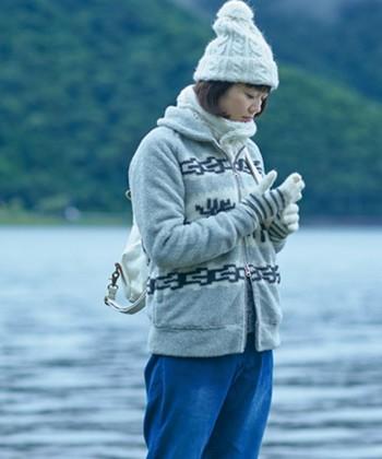 ニット帽でぬくぬく♪ 冬の頭にちょこんとのせてあったかコーディネートを楽しもう*