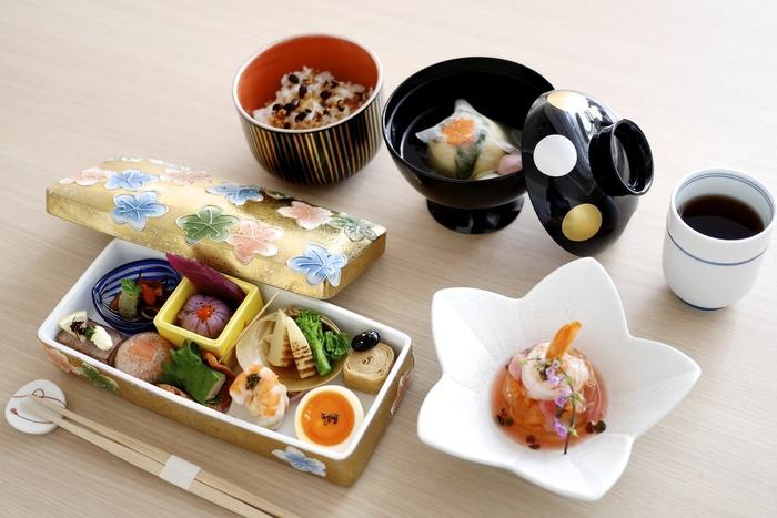 ランチは平日のみで、曜日ごとに和食の日・フレンチの日と分かれています。数量限定のため予約をおすすめします◎