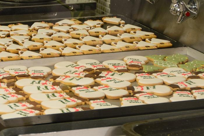 定番人気のクッキーやマドレーヌなどの焼き菓子は、お土産にも喜ばれます♪