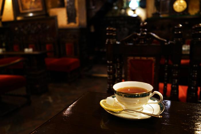 【老舗喫茶「築地」の『ウイスキー紅茶』】