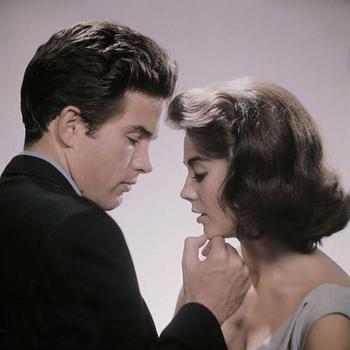 ヒロインは可憐な美しさが魅力のナタリー・ウッド。衣装もとっても素敵でした。