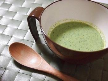 栄養満点の『菜の花』も、ポタージュにして体の中から健康に!春野菜特有の苦味も、下ゆですることで苦味が抑えられ飲みやすくなります。
