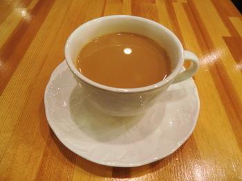 チャイミティー  セイロン茶と数種類の紅茶をブレンドしたオリジナルティーに、ミルクと砂糖を加えた味、香り、コクの強いまろやかなロイヤルミルクティーです