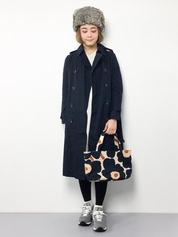 「マリメッコ」といえば、とってもかわいいテキスタイルが魅力* でも・・・無地のバッグに目を向けてみると、新たな魅力にきづくはず!