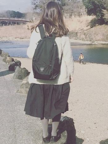 そして、ナイロン素材のバッグなら、とっても軽い! 肩が痛くならないように、クッション材が肩の部分につけられているのもうれしいですね♪