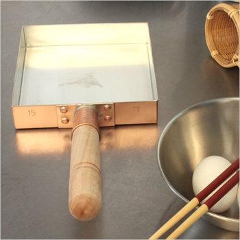 銅の特性として真っ先に上げられる「熱伝導率の高さ」。それはつまり、焼きものがムラなく仕上がるということ。