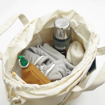 たっぷり入る大きめトートバッグ、お気に入りは見つかりましたか?たくさん荷物を詰め込んで、楽しい旅に出かけましょう♪