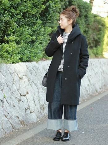 今までブーツを合わせていたスタイルも、足元をコンパクトにするだけで、季節先取りのおしゃれに変身♪
