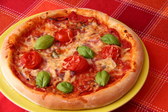 ピザのレストランにはそれぞれの歴史もあり、今日までの味につながっています。海外に行かなくても都内でその味を食べられるのは嬉しいですね♪NY、LA、ナポリ、ミラノ、ローマetc...いろいろなスタイルのピザの食べ比べをしながら、マイスタイルを見つけてみてください☆