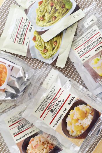 パスタソースやカレーが人気のレトルトパウチ。「良品週間」のまとめ買いOFFでお気に入りをリピート買いしてストックする人も多数。