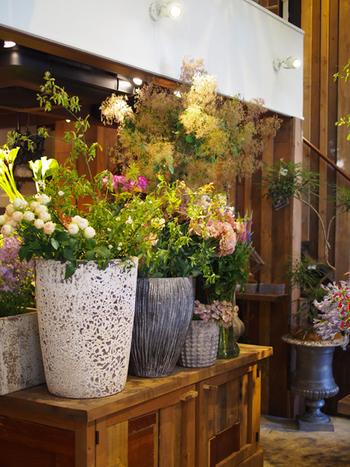 花の香りに心がなごむ、とても素敵なボタニカルカフェ。