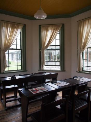 1階にある婦人閲覧室。 八角形の双塔部分にあるので、部屋の形が何ともかわいいですね。