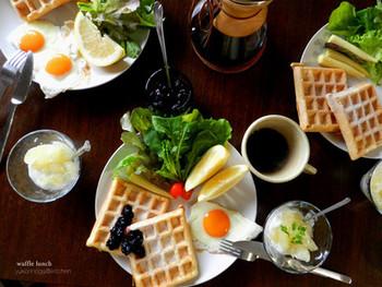 甘めなワッフルでも朝ごはんなら食べれちゃう!卵料理との相性も良さそうです。