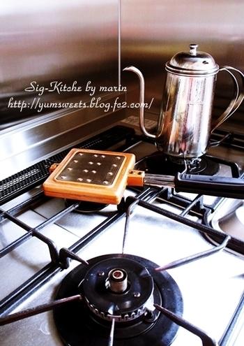 ワッフルメーカーがあれば簡単にベルギーワッフルを焼くことができます!買って食べるのもいいですが、できれば手作りのワッフルに挑戦したいところです!