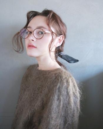 """せっかく眼鏡をファッションに取り入れるなら、素敵に可愛くかけたいですよね。でも自分にとって""""似合う""""眼鏡ってどんなもの?"""