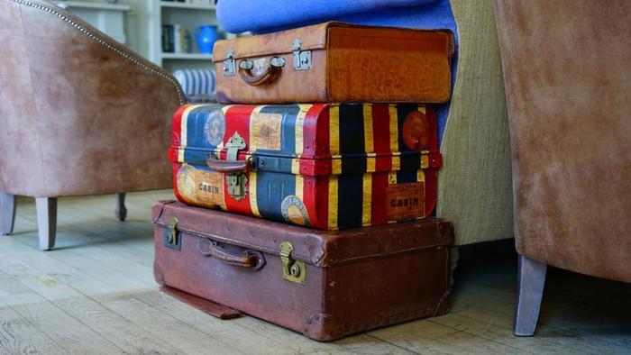 頑丈で、たくさんのおみやげにも対応してくれる旅の強い味方。長期の旅行には欠かせませんね。どれだけうまくパッキングしてスペースを作れるか、挑戦してみましょう!