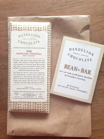 パッケージも可愛いタブレットチョコレート。 プレゼントにも喜ばれそうですね。