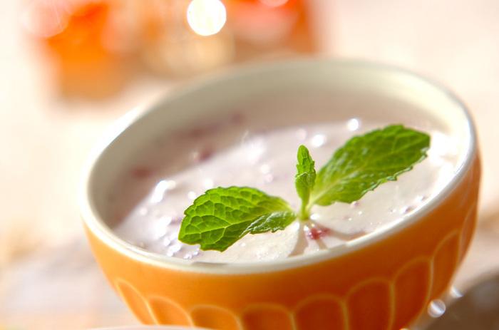 簡単デザートの代表格、ババロア。色もきれいで、おもてなしにも喜ばれそうですね。