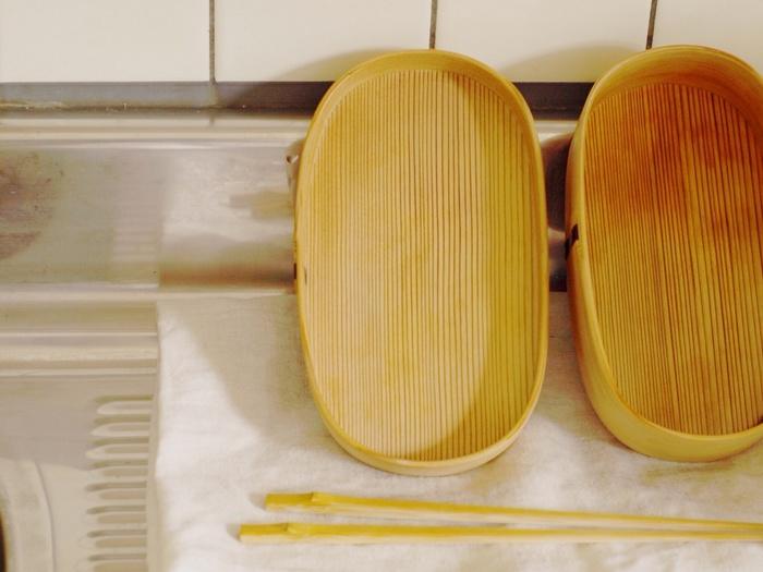後は朝まで乾燥させるだけ。 お家のお皿を洗うように、とっても簡単にお手入れができます。