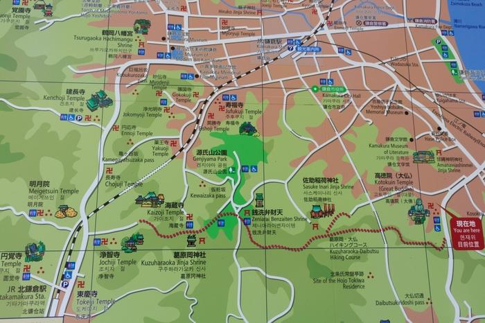 地図で見るとこんな感じです。長谷駅から北鎌倉までを歩く形で約4.5キロになります。