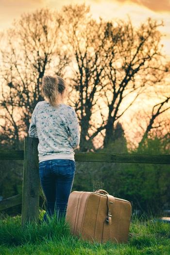 旅行の日程だったり、行き先だったりで旅行かばんの中身も違ってきます。旅先にぴったり合った荷物かが大事です。 特に海外旅行の場合は防犯上もしっかりとした、安心できる旅行かばんを選びたいものですね。