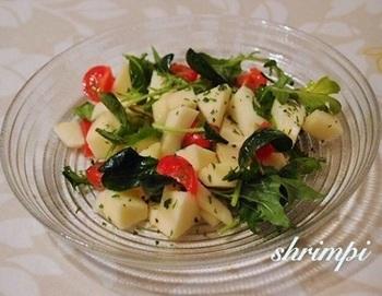 りんごの酸味とドライイタリアンパセリの清涼感がマッチ。朝食にもおすすめ♪