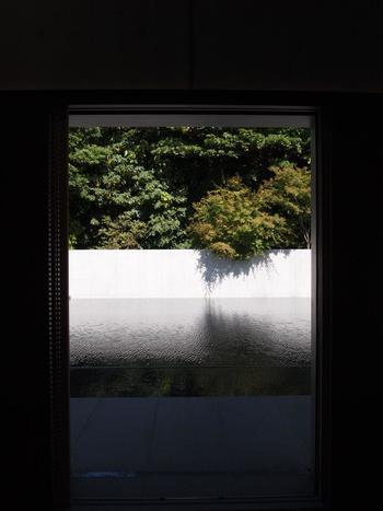 静謐な空間で、自分と向き合い、「禅(ZEN)」の世界を体感してみてください。