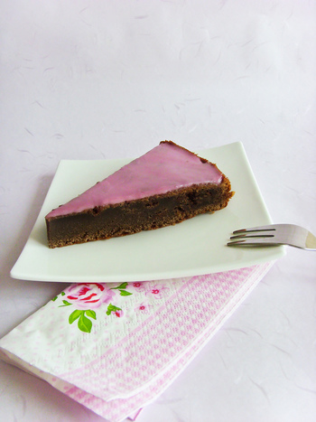 生地にグリューワインを加えて焼き上げるケーキのレシピもあります。まさに大人のスイーツですね。
