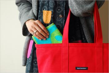 毎日使うものだから、丈夫で使いやすいバッグが欲しいですね。 通勤時の気持ちをUPさせるのにも、一役かってくれそうです♪