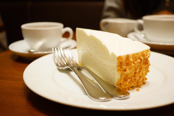「レアチーズケーキ」はとっても爽やかでクリーミー!