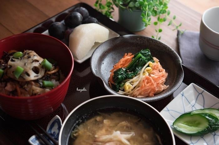 和食はユネスコの無形文化財に登録されました!それを受けて、インスタグラムやSNSなど、自分で作った和食をテーブルに並べて発信していることって多いと思うんです。折角美味しそうにご飯が出来上がっても、並べ方を間違えていると一気に台無しになってしまいます。