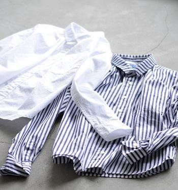 「今日は何を着ていこう...?」毎日のコーデを考えるのって大変ですよね。そんな着ていく服に迷ってしまった朝のお助けアイテムがこれ!シャツやブラウスなんです。