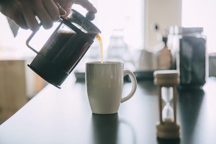 朝はおいしいコーヒーとトーストでスタートを。