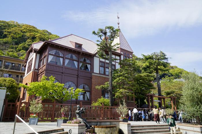 異人館街のシンボルともいえる建築物。 背後の山の緑との調和も美しいです♪