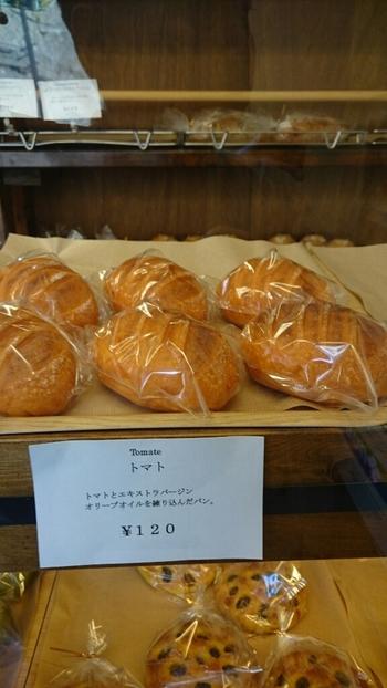 パンの品書きには一言コメントもあって、ちゃんとどんなパンか想像できるようになってます。