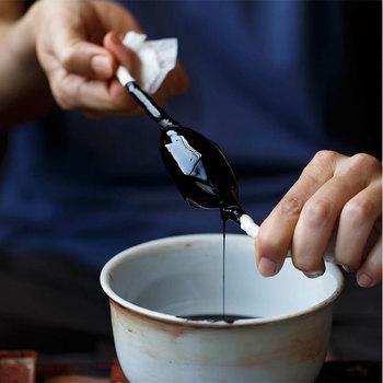 漆器といえば、輪島塗や山中漆器、会津漆器が有名ですよね。ひとつひとつ、職人さんが丁寧に塗り上げる漆器は、使えば使うほど味わいが出てくるんです。