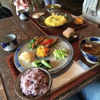 沖縄の食材を使ったオーガニック料理が美味しいお店です。