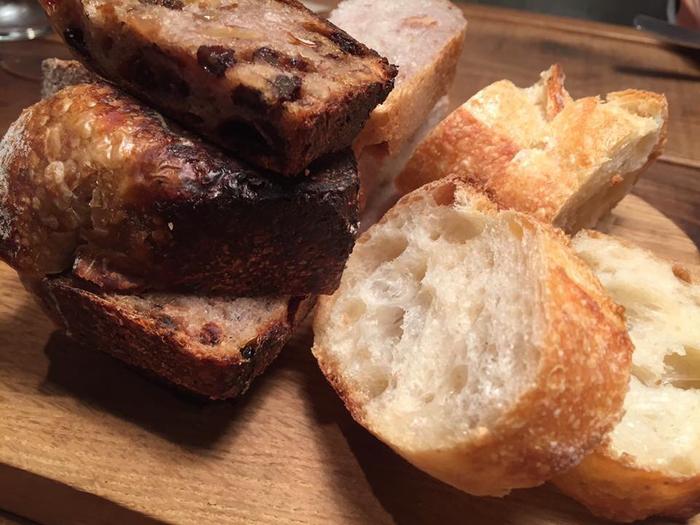オーナーの樽井さんは、知っている人からしか材料を買わないというこだわりぶり。 安心で安全な材料で出来てるから、体に優しくて美味しいパンが出来上がるんですね。