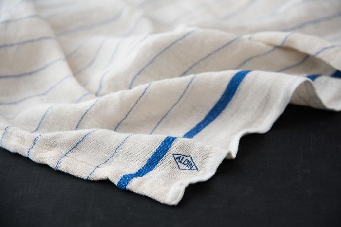 Wガーゼバスタオルは人気の定番商品。使い込むほどに柔らかく愛着の湧いてくる一枚です。