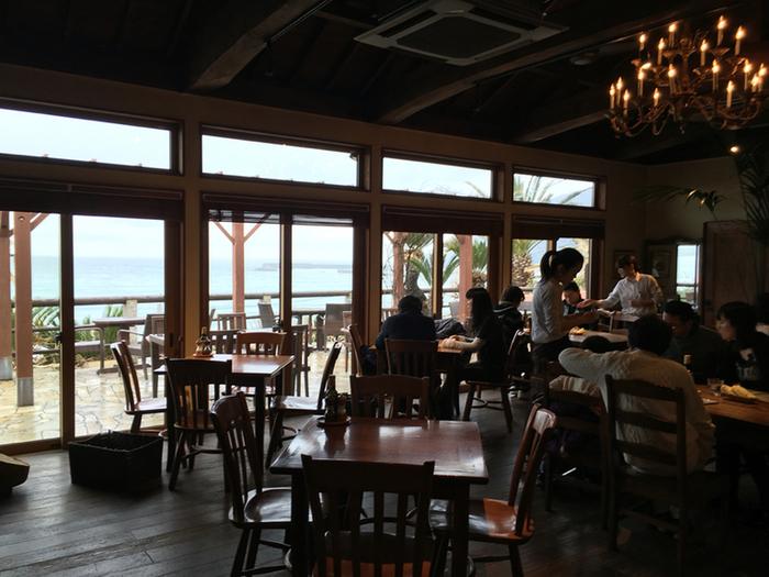 モーニングからディナーまで、糸島の美味しい食材を使ったお料理が、存分に楽しめるお店です。