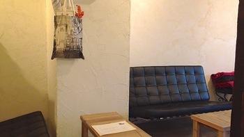 ウッドベースの店内にこだわりが感じられるおしゃれな家具。 思わず長居してしまいます。