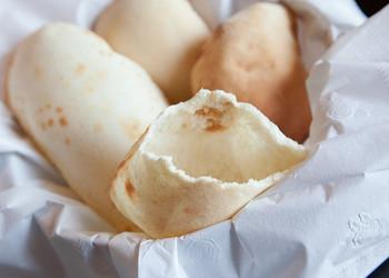 ピタパン&ピタサンドレシピ、いかがでしたか? ピタパン自体はいたってシンプルな食べ物ですが、気軽なひとりブランチにもお洒落なおもてなしにも変身する優れものです。